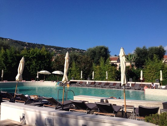 Grand Hotel Excelsior Vittoria: The pool, excellent.