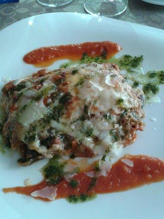 DA PAOLO: Buonissimaaa... lasagna con verdure...