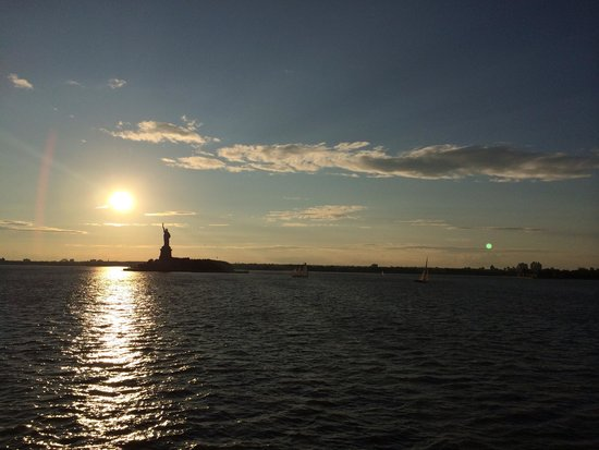 Staten Island Ferry : Sunset view