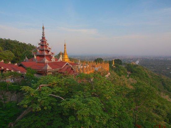 Smart Hotel: Sunset from Mandalay Hill