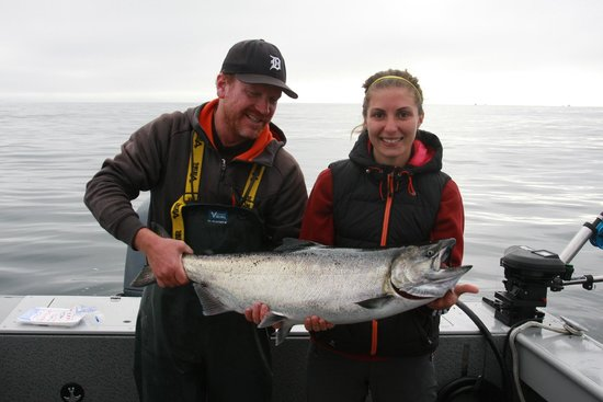 Salty Dog Fishing Charters: Justin, Lauren and her 25 lb. Chinook