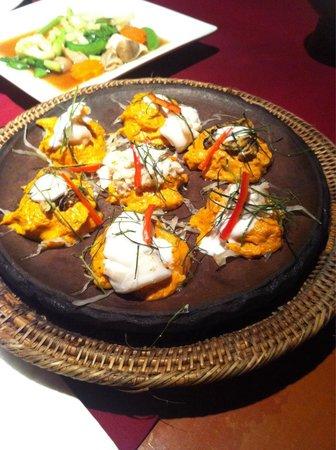 Pan Yaah Thai Restaurant: Fish, squid and oyster