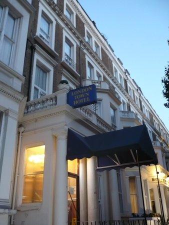 London Town Hotel : esterno albergo