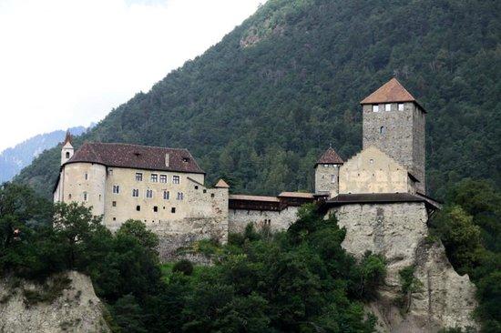 Schloss Tirol - Südtiroler Museum für Geschichte: Castel Tirolo