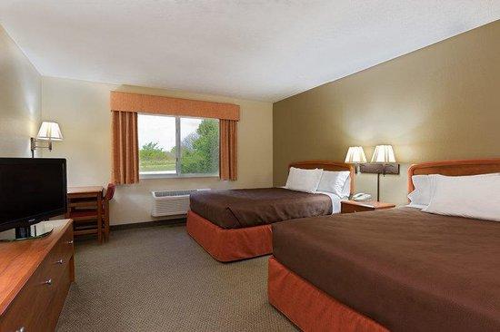 AmericInn Lodge & Suites Republic: Double Rm