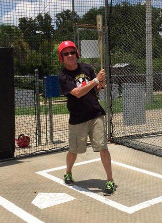 Skate Station FunWorks: Hey batter, batter, batter !!