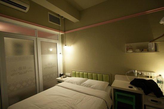 Kam Leng Hotel: Chambre confortable