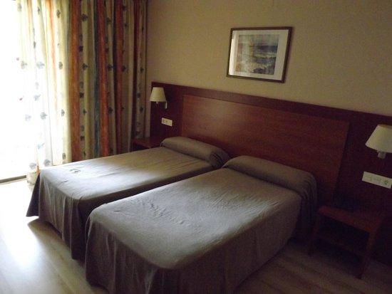 Rosamar & Spa: bedroom