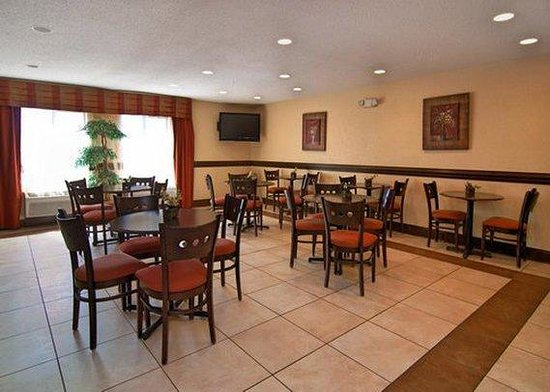 Baymont Inn & Suites Winston Salem: Breakfast