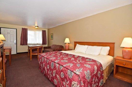 Americas Best Value Inn John Day: King Guest Room