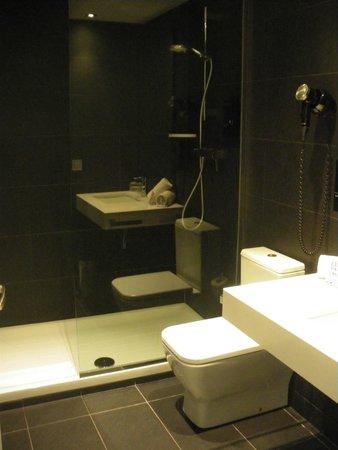 Andante: Salle de bain chambre standard
