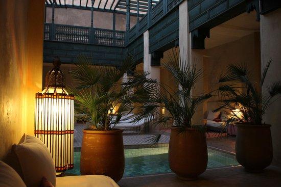 Hotel & Spa Riad Dar Bensouda: la table du diner
