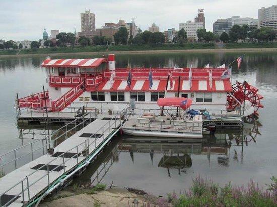 Pride of the Susquehanna : Ship