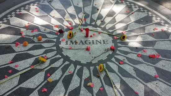 Real New York Tours: John Lennon Memorial