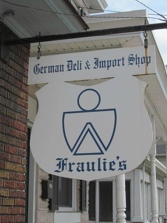 ‪Fraulie's German Delicatessen‬