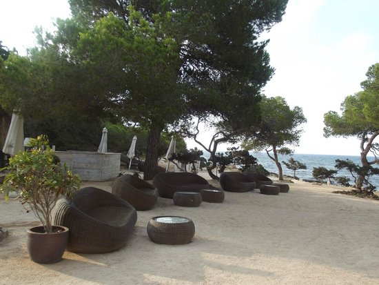 Catalonia Ses Estaques: The Chill out area over the bay