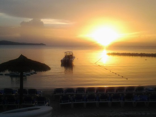 Sunscape Cove Montego Bay: Sunset at Sunset