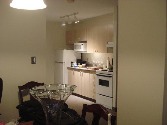 The Business Inn & Suites: Mini cozinha muito boa
