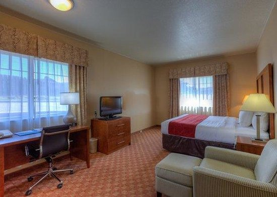 Comfort Inn Newport: Room