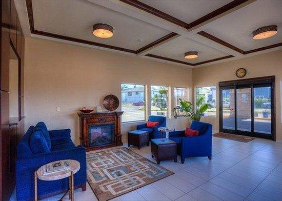 Comfort Inn Newport: Lobby