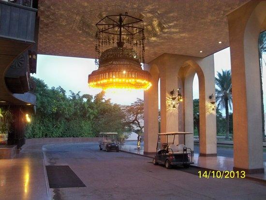 Mena House Hotel: entrance