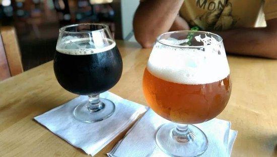 Eddie George's Grille 27 : craft beer