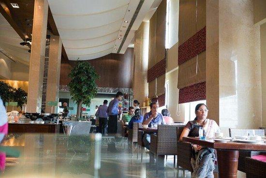 Radisson Blu Hotel Chennai City Centre: Nice ambience