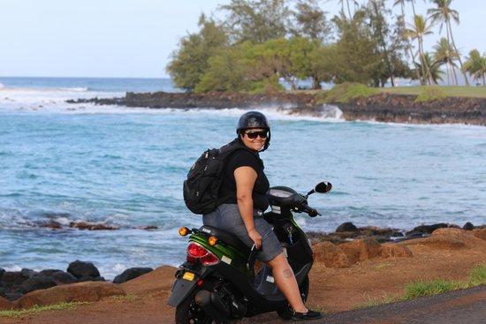 Aston at Poipu Kai: Moped to the Brenecke beach Poipu