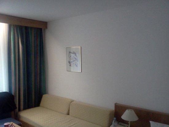 Fortuna Hotel: room2