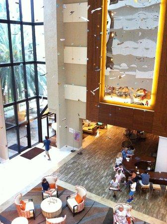 Sonesta Resort Hilton Head Island: The lobby