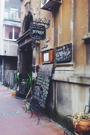 Restoran Jevrem: The entrance of Jevrem