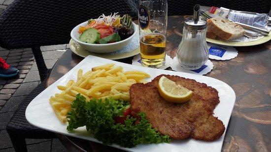 Cafe Riese: Wiener Schnitzel