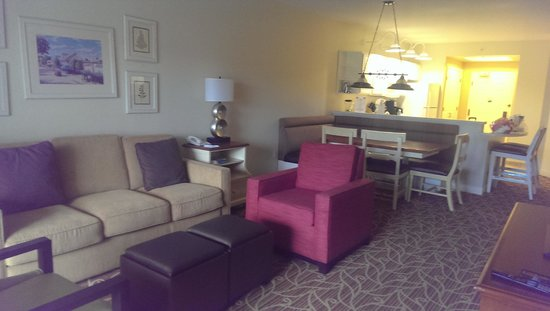 Marriott's Harbour Lake : Living room, dining room and kitchen