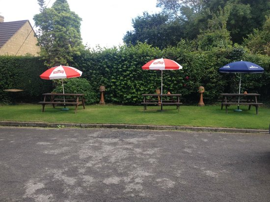 The Plough Inn Restaurant: The Beer Garden