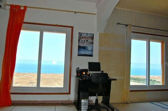 2 Single Bedrooms Picture Of He E Nalu Surf Camp