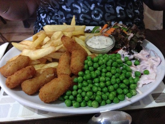 The London Inn Restaurant: Scampi and Chips