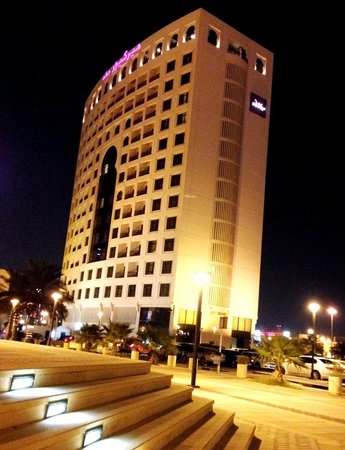 Mercure Grand Hotel Seef : general view