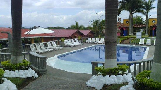 Piscina fotograf a de hotel san antonio del cerro for Piscina san antonio