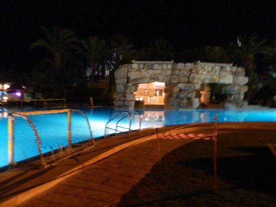 Tui Magic Life Africana : Activity Pool/Pool Bar