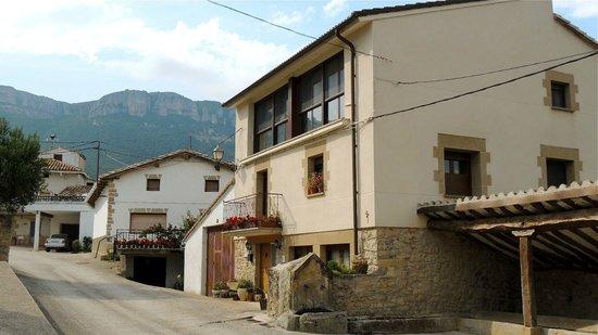 Casa Rural Basaula B&B: Exterior
