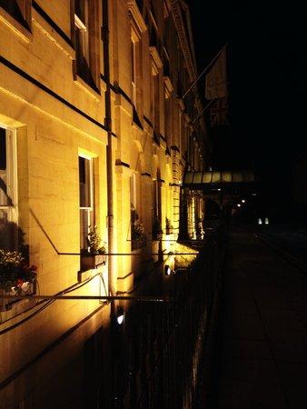 Francis Hotel Bath - MGallery by Sofitel : Hotel at night