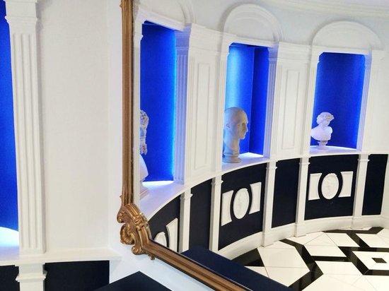 Francis Hotel Bath - MGallery by Sofitel : Corridor to car park