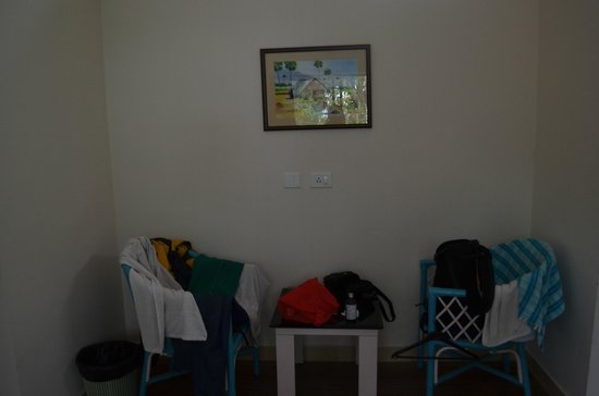 Church View Homestay: Chairs in the room
