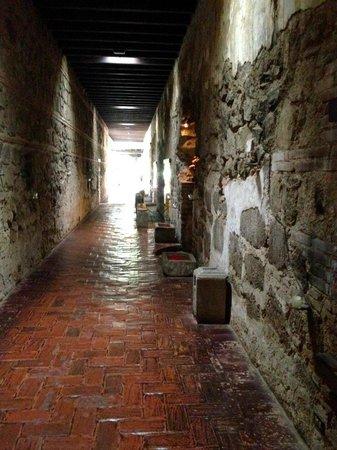 Hotel Museo Spa Casa Santo Domingo: Hallway