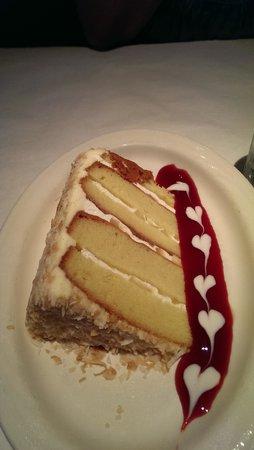 MoonFish : Pineapple Cake