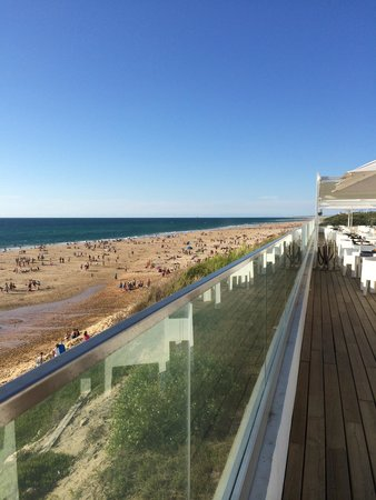 Grand Hotel de la Plage: terrace and beach