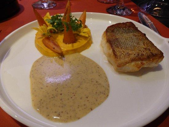 L'Eveil des Sens : Filet de cabillaud et sa mousseline de carottes aux pain d'épices