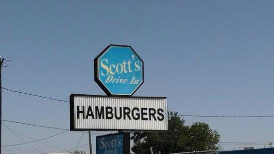 Scott's Drive-In: Main sign