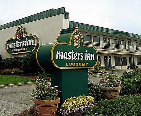 Masters Inn Augusta Washington : Exterior