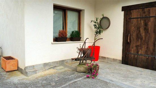 Casa Rural Higeralde: Exterior